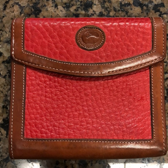Dooney & Bourke Handbags - Dooney & Bourke vintage red leather wallet